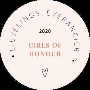 Videograaf girls of honour